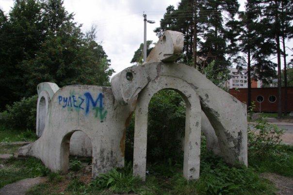 цены на памятник на могилу гранит или искусственный