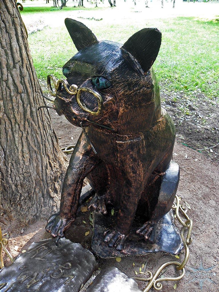 Памятник коту ученому в петербурге