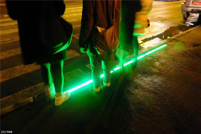 Светящий пешеходный переход в Петербурге